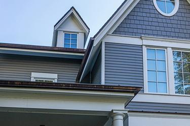 Gutter Installation Contractor in Bloomington, Illinois
